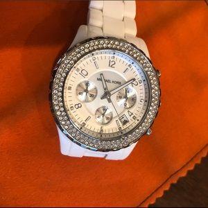 Michael Kors Mk-5300 Oversized White Watch
